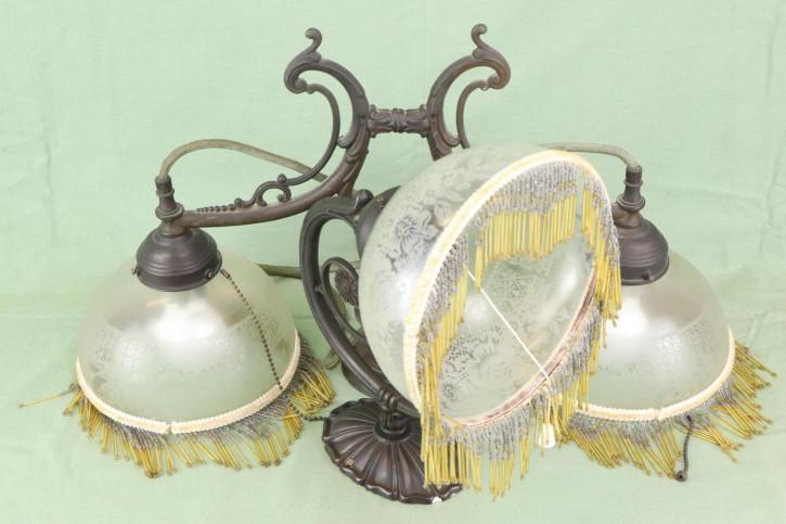 Stilvolles Set Art Nouveau Deckenlampe Doppellampe und Wandlampe mit Verzierung und Glasperlen