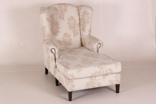 Sessel mit langer Sitzfläche