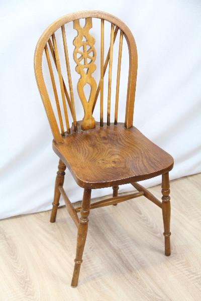 6  Wheel Back Chairs  Windsor stühle Original