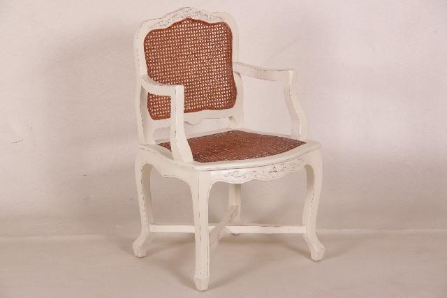 Schöner Stuhl in French-White
