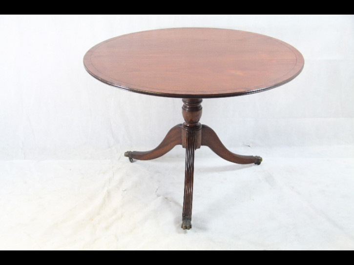 Esstisch Rund Dining Table Triytop table  massives Mahagoni