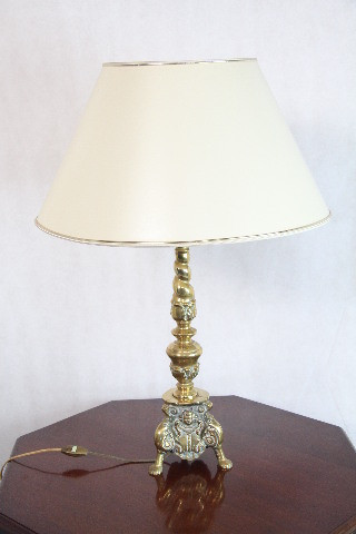Lampe Goldener Messingfuss Antik