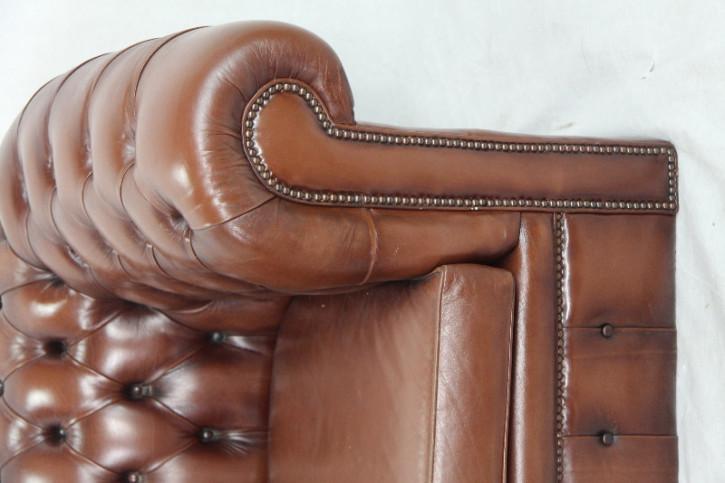 Chesterfield Sofa 2 seater vintage gut erhalten