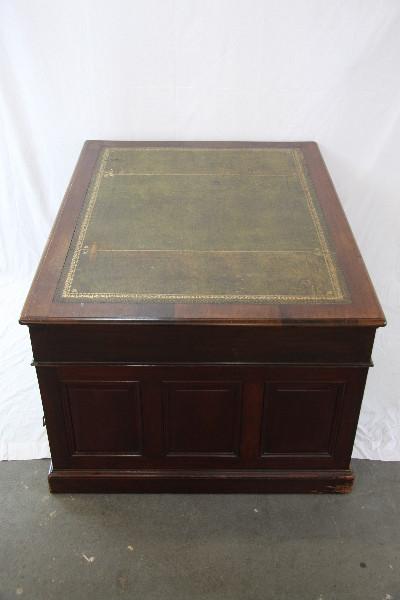 Partners desk grünes leder victoriansich england 1890  massivholz