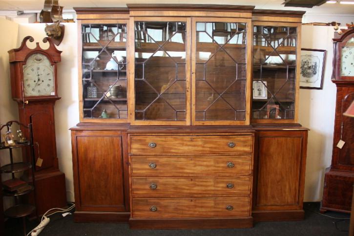 Breakfront Bookcase Victorian Original Massivholzschrank