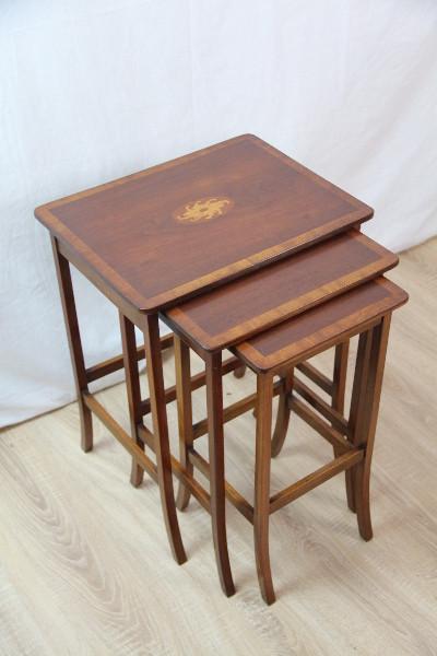 Nest of Table Edwardian Mahagoni 1890 Original