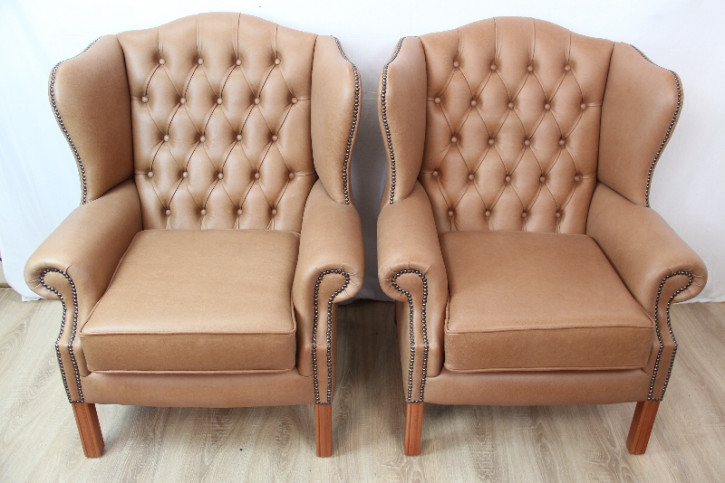 Queen Anne Chesterfield Sessel   Ohrensesessel