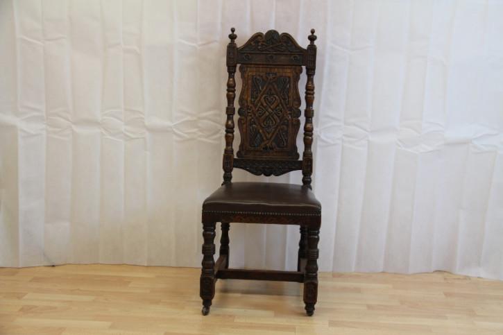 Stuhl  Landhausstuhl massivholz mit edler Holsarbeiten