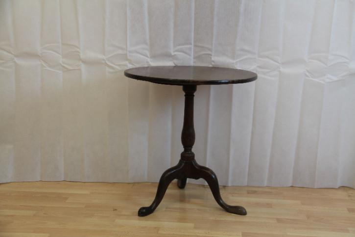 Tisch Rund  Tripot table england 1880