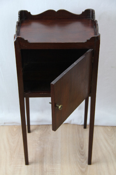 Edles Viktorianische Cupboard Cabiner Mahagoni 1860