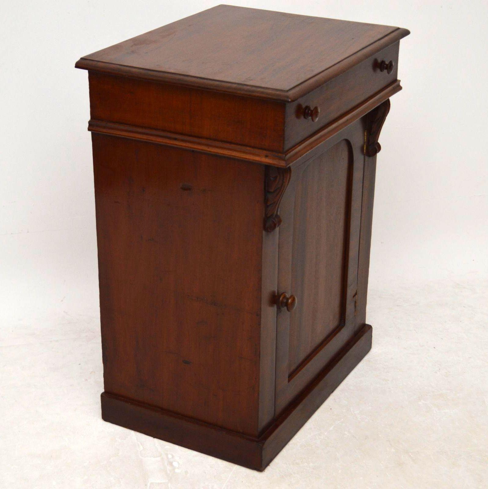 antik wilhelm iv mahagoni schr nkchen chiffonier. Black Bedroom Furniture Sets. Home Design Ideas
