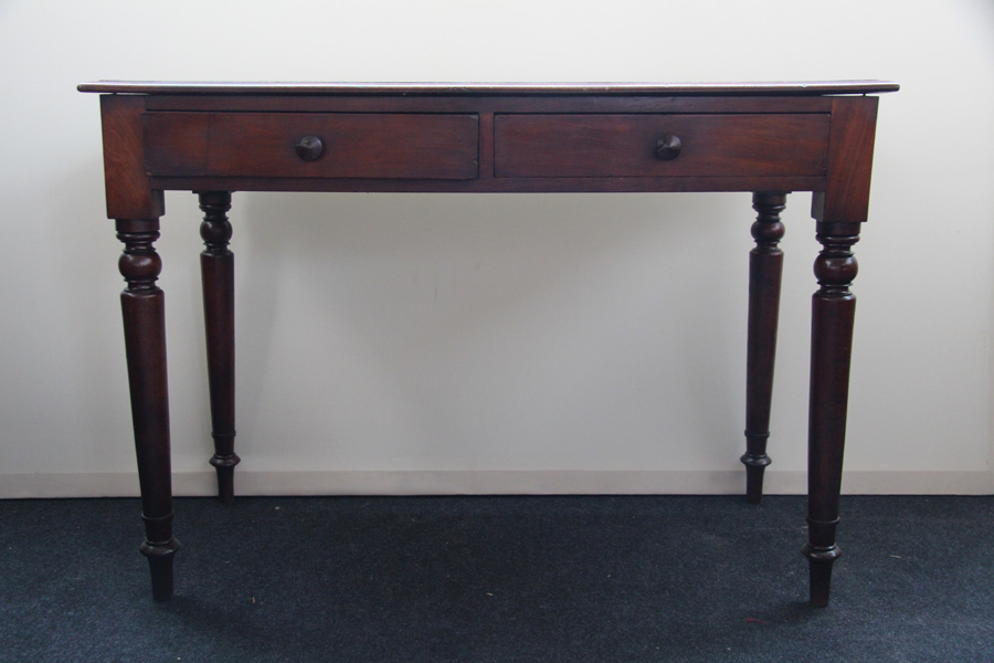 schreibtisch mahagoni ladiesdesk viktorianisch 1860. Black Bedroom Furniture Sets. Home Design Ideas