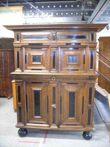 antiker schrank eiche eichenschrank massivholz schrank. Black Bedroom Furniture Sets. Home Design Ideas