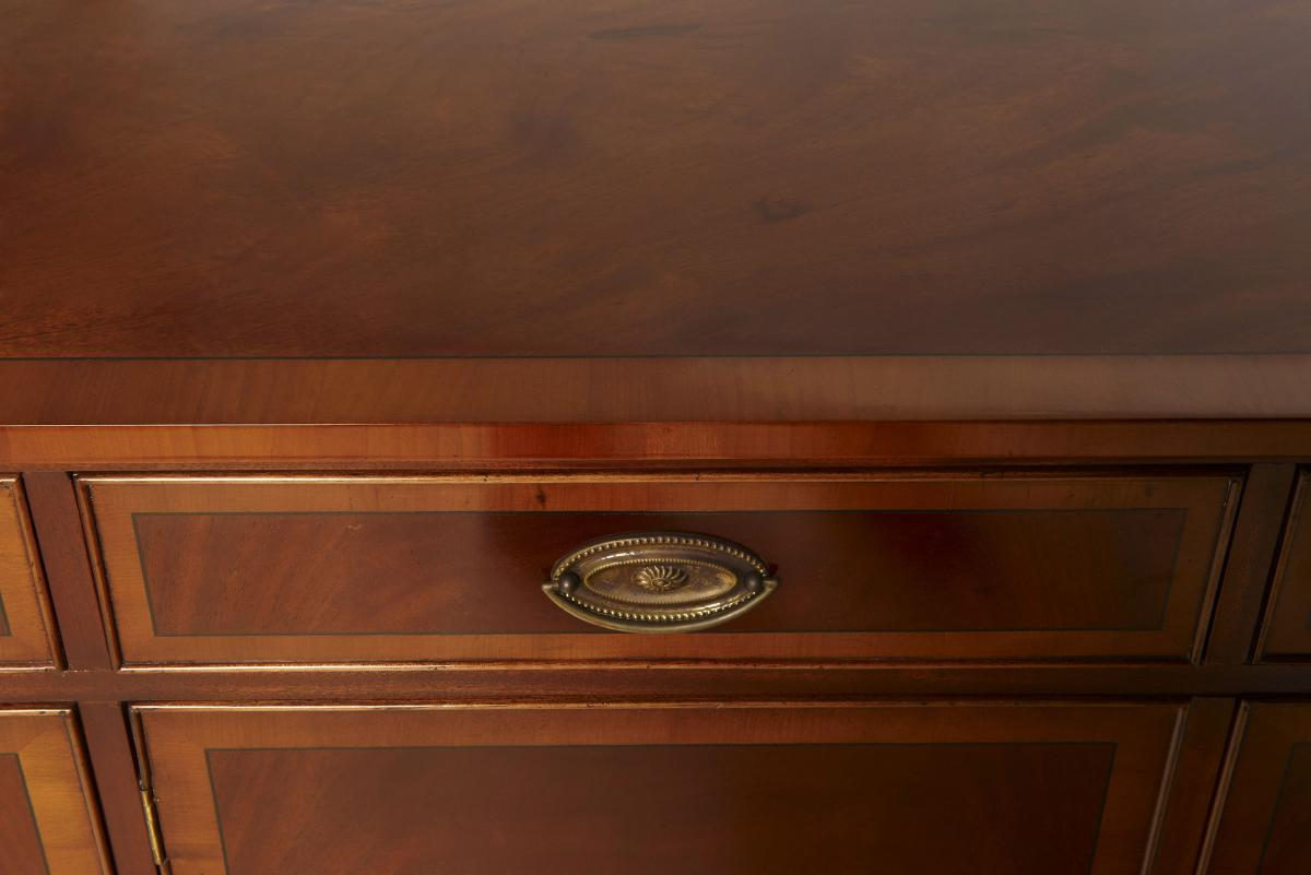 3 t riger sideboard in mahagoni. Black Bedroom Furniture Sets. Home Design Ideas