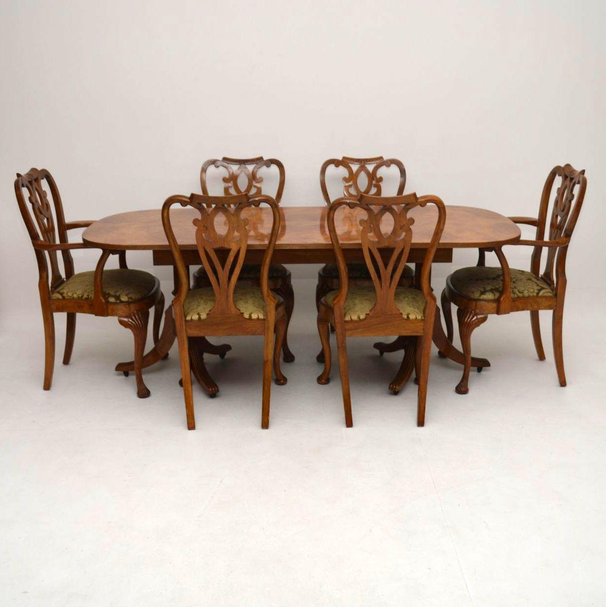 antiker walnuss esstisch plus 6 st hle. Black Bedroom Furniture Sets. Home Design Ideas