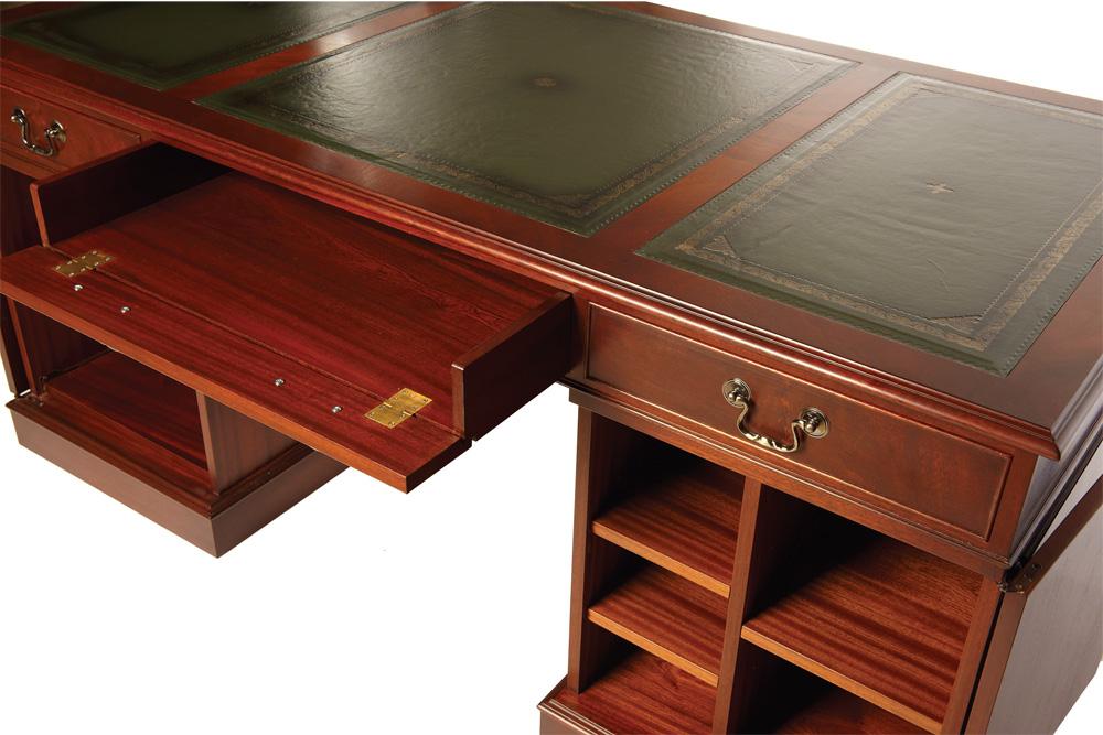 bevan funnell pedestal computer tisch in mahagoni. Black Bedroom Furniture Sets. Home Design Ideas