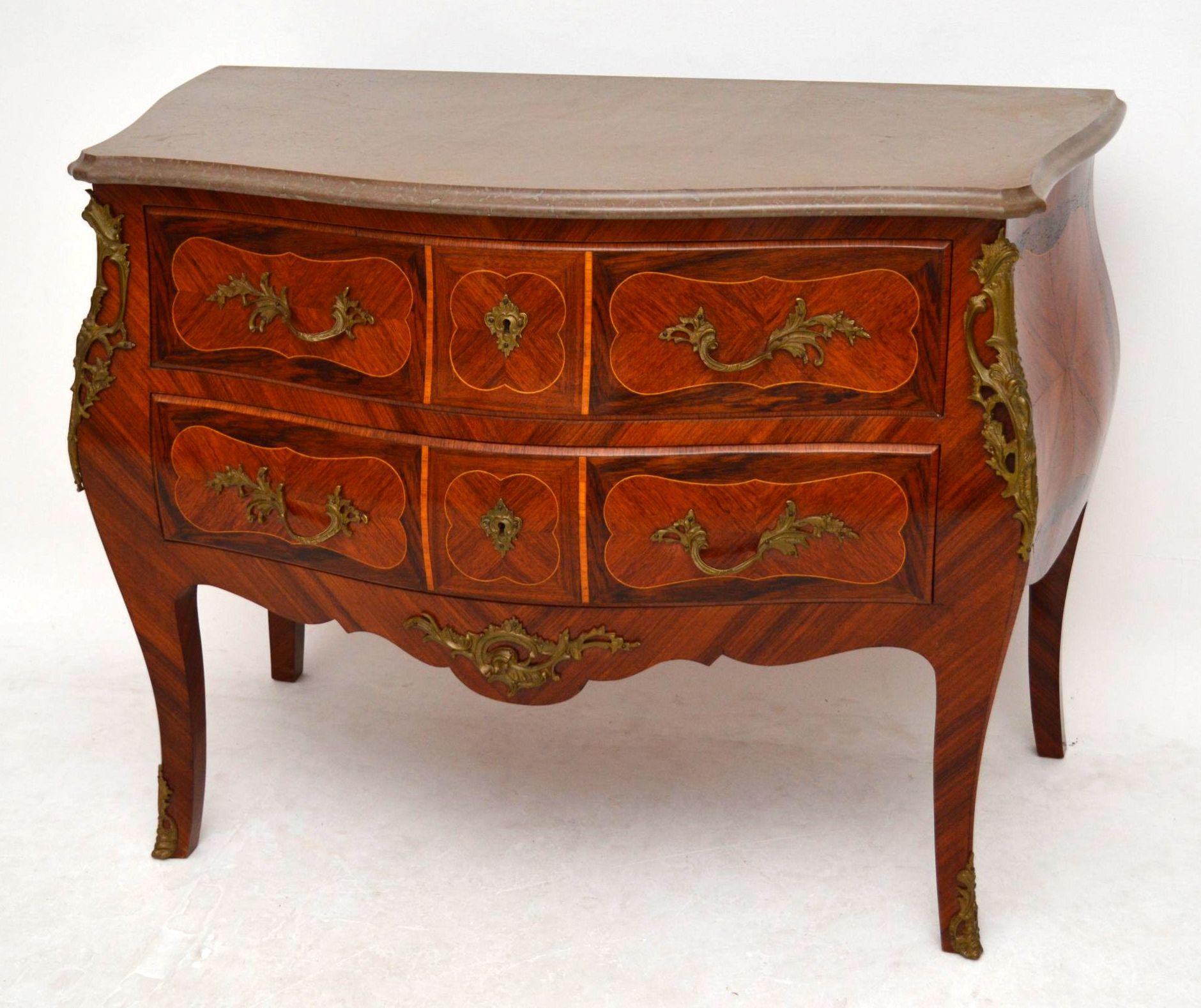 antike schwedische kommode mit marmor oberfl che. Black Bedroom Furniture Sets. Home Design Ideas