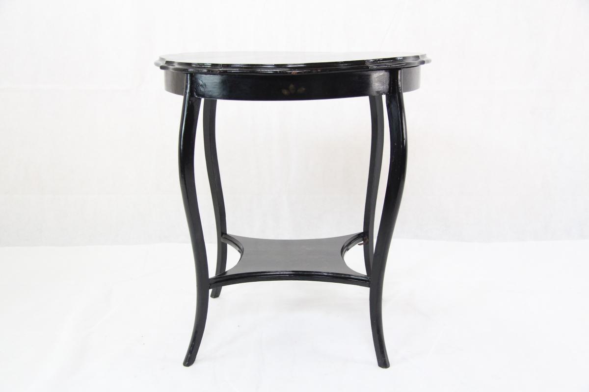 blog englische tische sind ganz besondere holzm bel. Black Bedroom Furniture Sets. Home Design Ideas