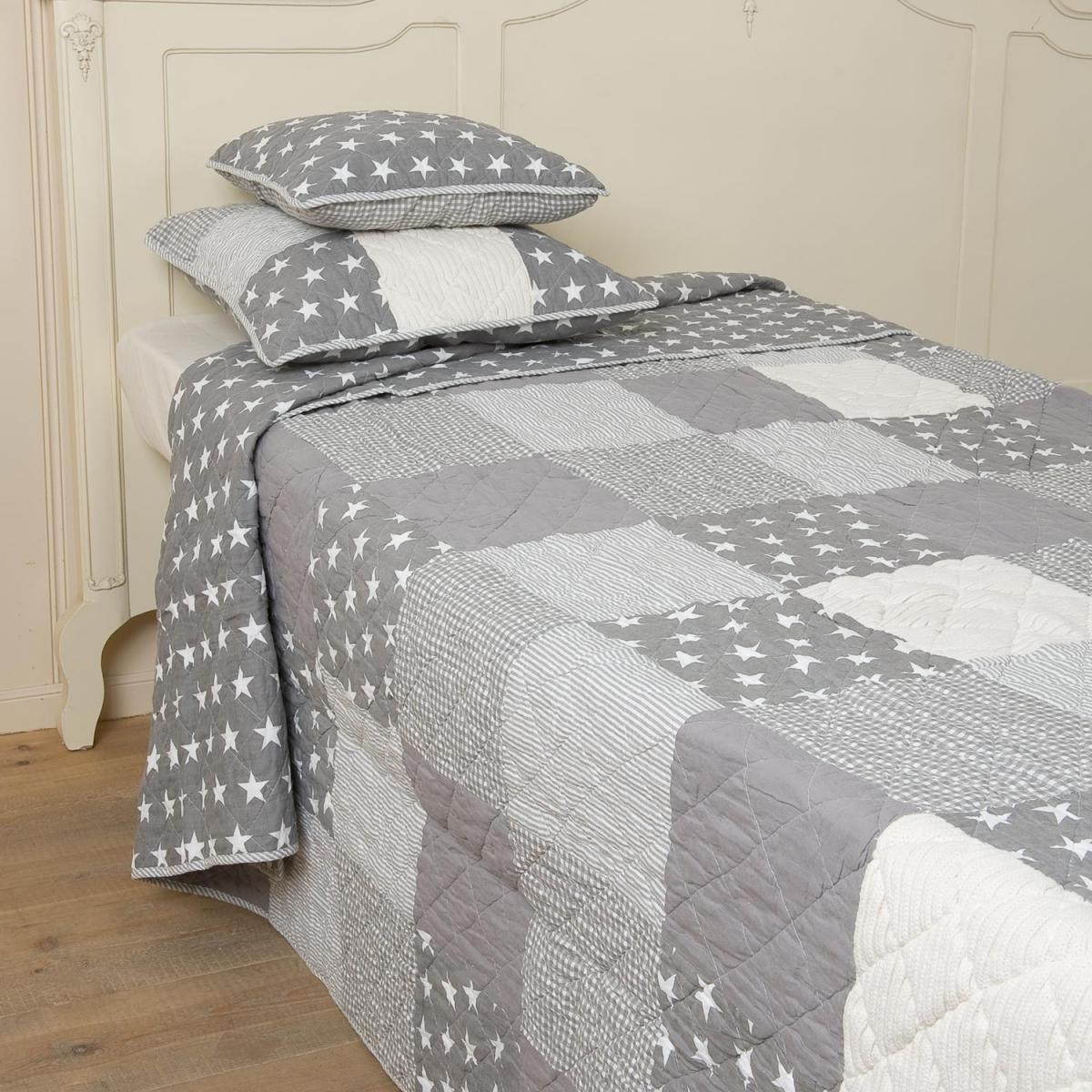 clayre eef tagesdecke patchwork stars 230x260. Black Bedroom Furniture Sets. Home Design Ideas