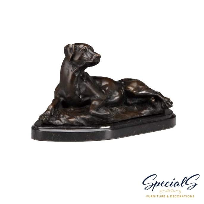 """""""liegender hund auf marmorplatte"""" bronzefigur"""