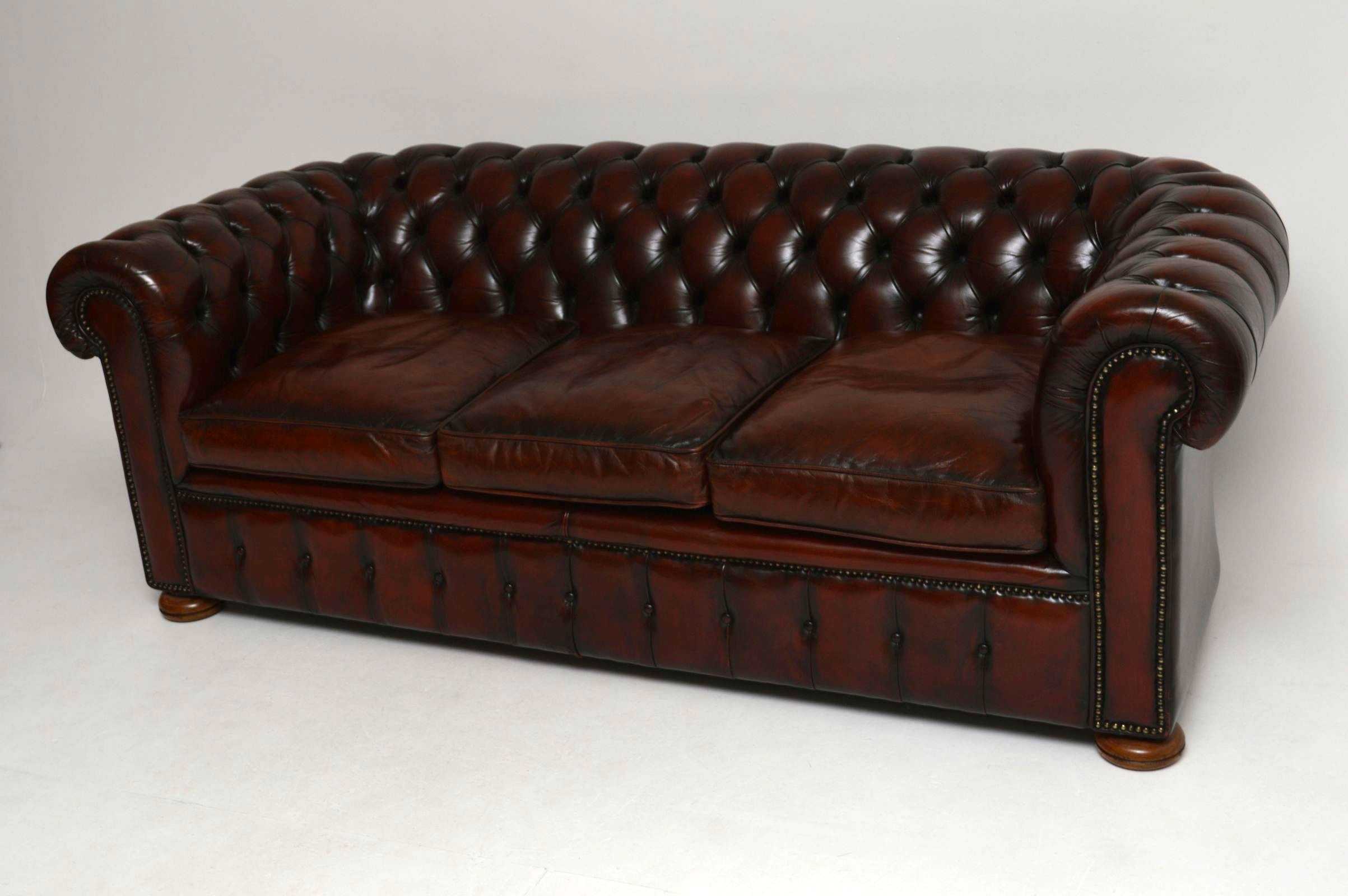 Chesterfield sofa leder  Antikes Leder Chesterfield Sofa