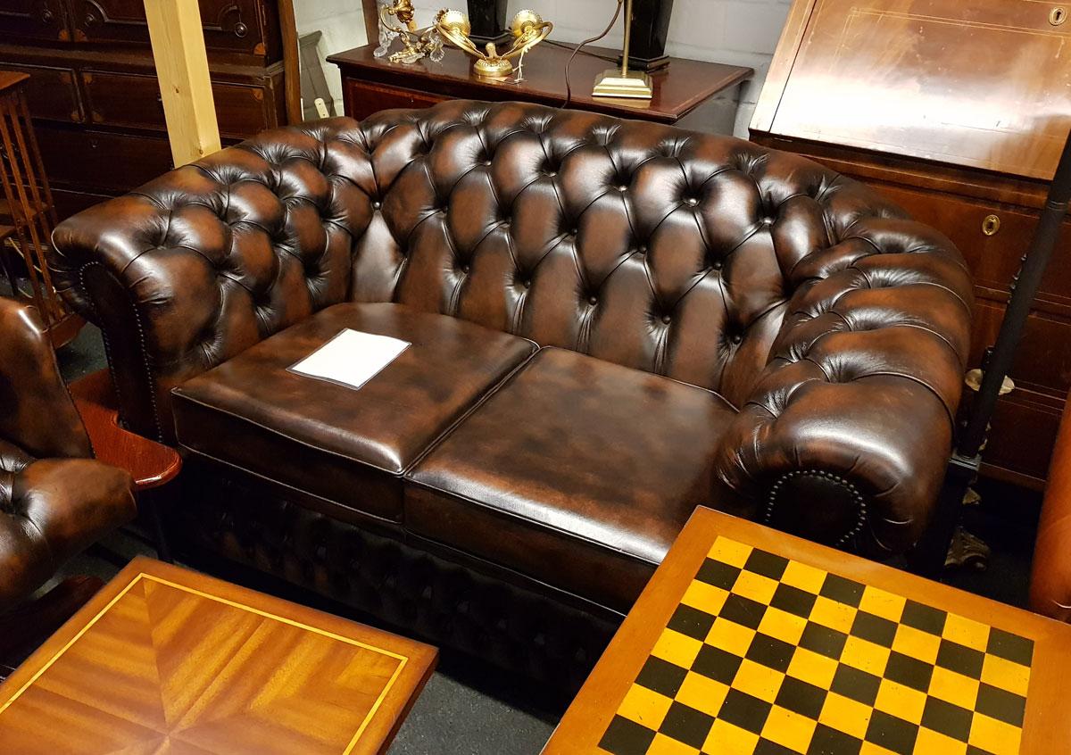 Englisch Einrichten mit Chesterfield Möbeln von Morris Antik