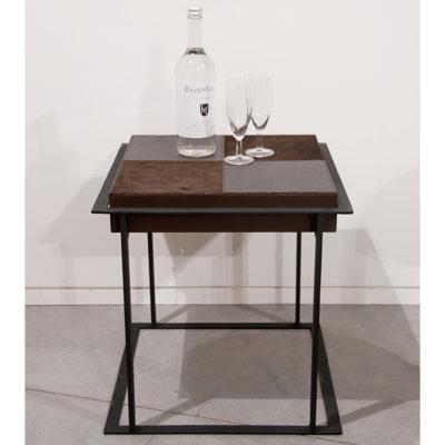 edler kaffee tisch rechteckig aus eisen und leder. Black Bedroom Furniture Sets. Home Design Ideas