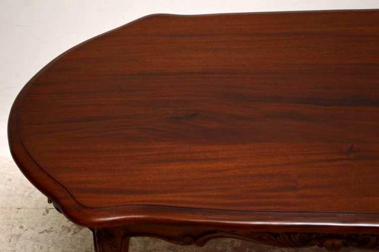 kleiner couchtisch sofa tisch. Black Bedroom Furniture Sets. Home Design Ideas