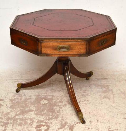 Mahagoni holz tisch  Antiker Achteckiger Mahagoni Tisch auf Rollen
