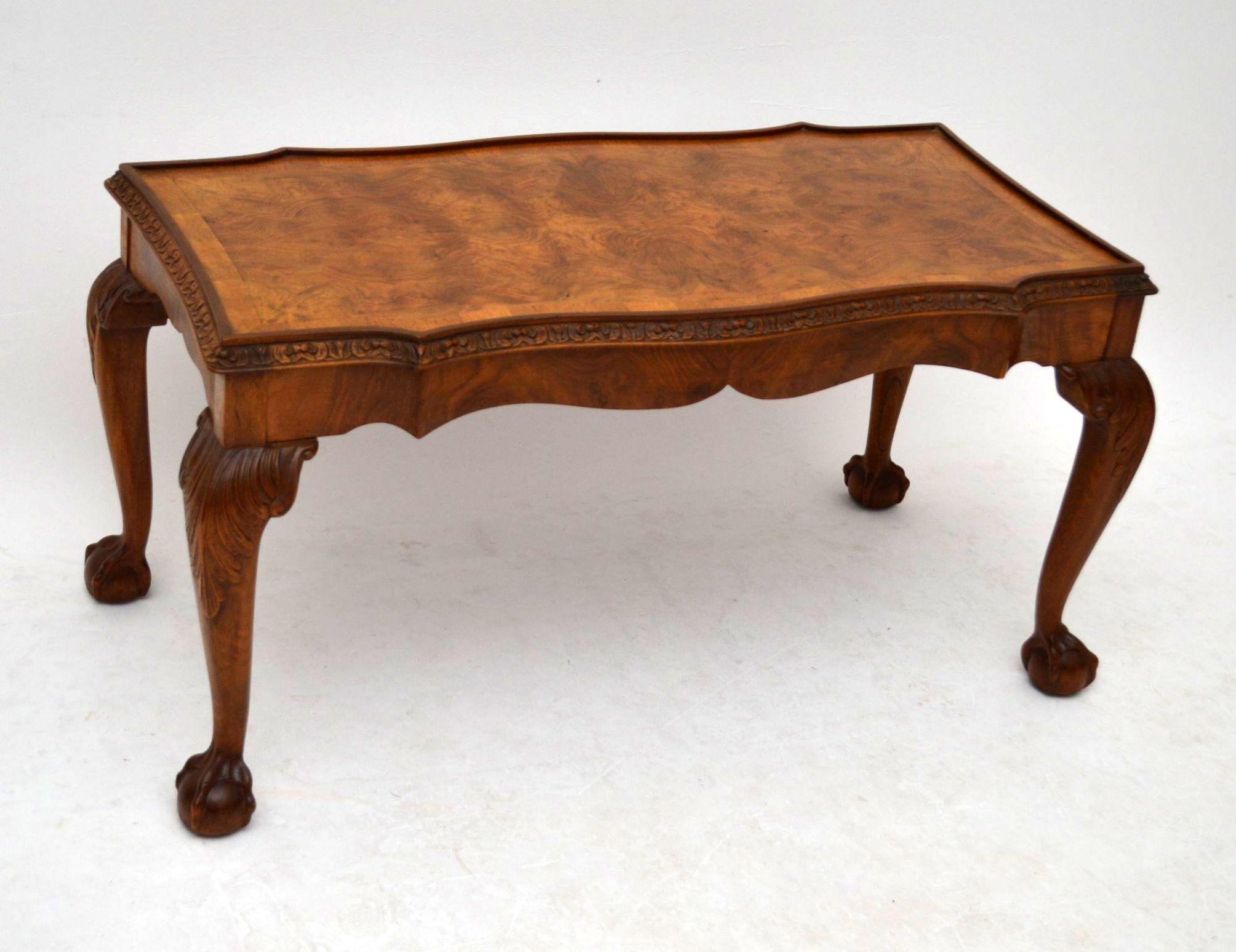 Antiker kleiner sofatisch coffee table for Kleiner sofatisch