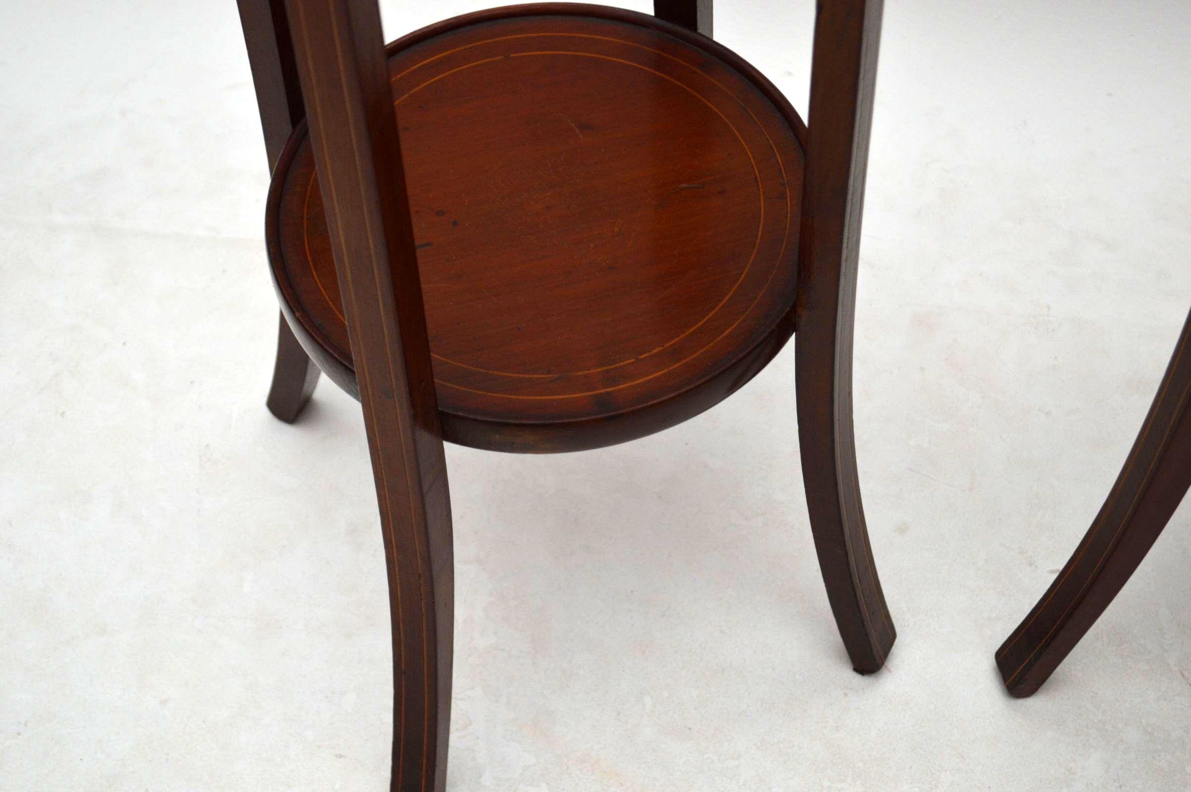 paar antiker queen anne style walnuss couchtisch sofatisch. Black Bedroom Furniture Sets. Home Design Ideas
