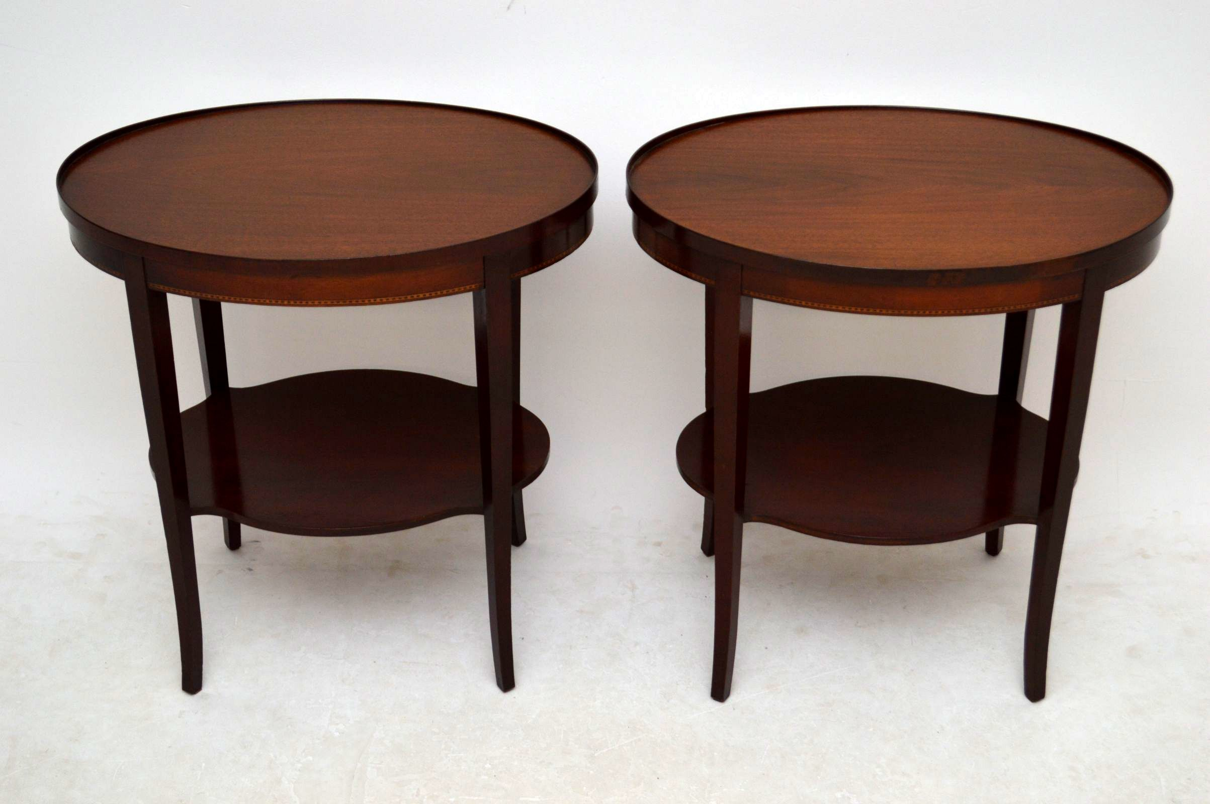 paar ovale beistelltische antik mahagoni. Black Bedroom Furniture Sets. Home Design Ideas