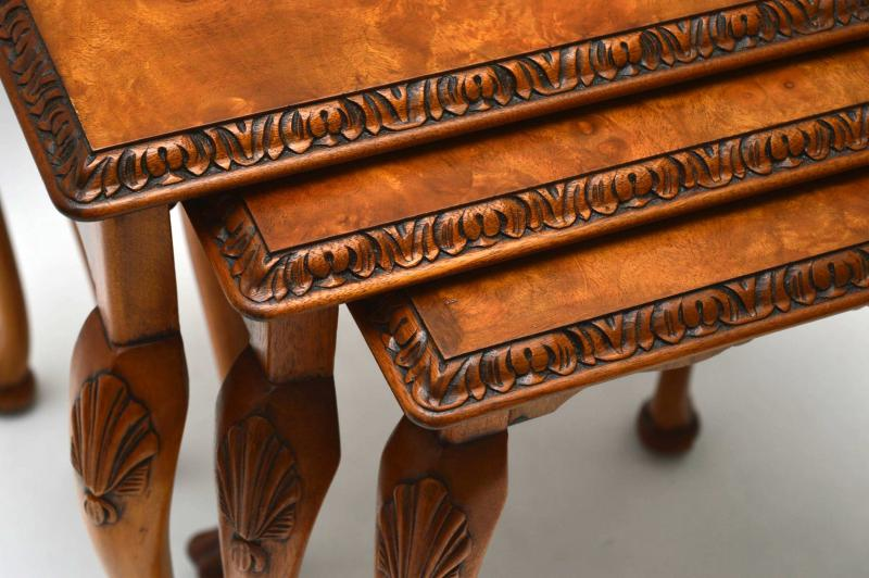 dreiteiliges nest of tables beistelltische antik. Black Bedroom Furniture Sets. Home Design Ideas