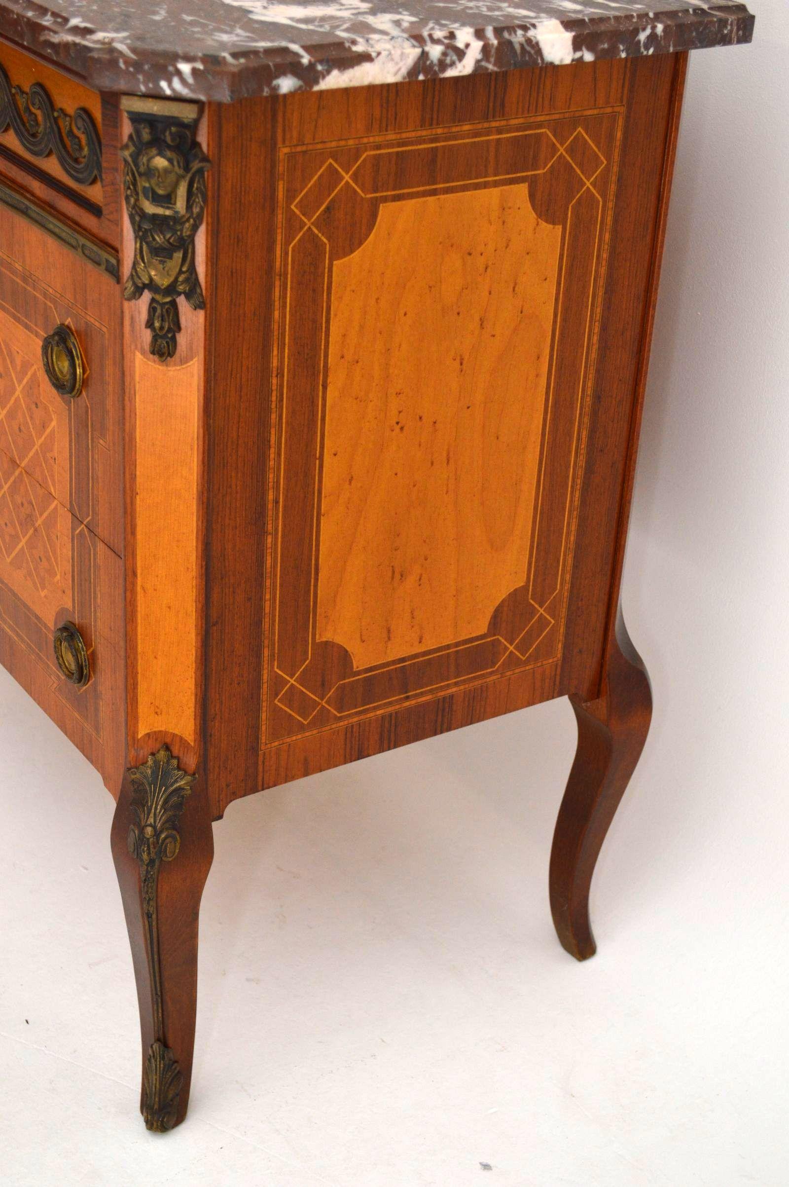 antike schwedische kommode mit marmorplatte. Black Bedroom Furniture Sets. Home Design Ideas