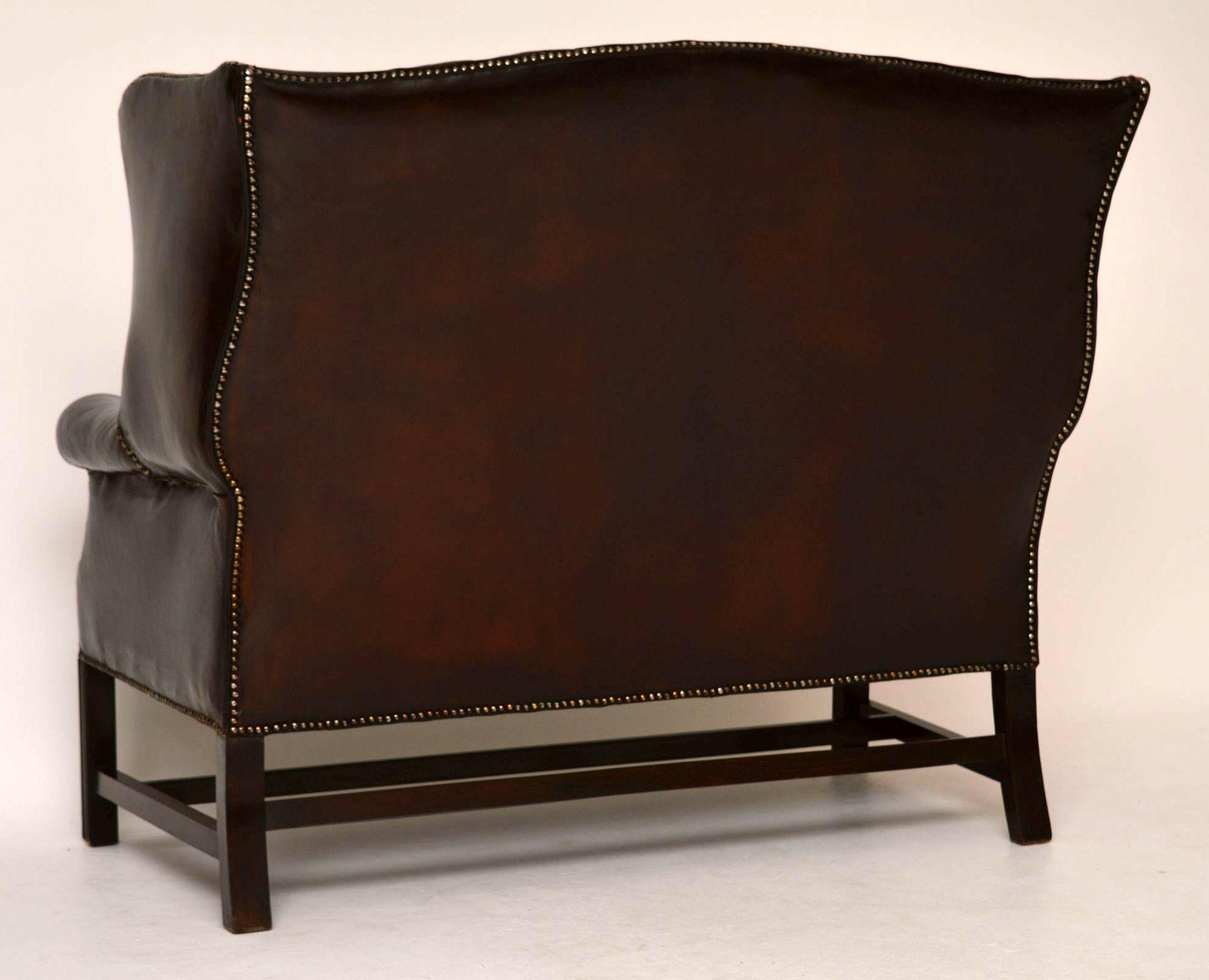 antikes tiefgekn pfte leder ohren sofa. Black Bedroom Furniture Sets. Home Design Ideas