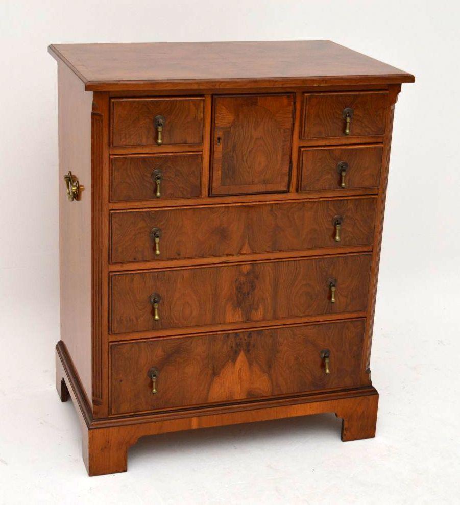 antike kleinmobel alte kommoden, antike kommode eibenholz, Design ideen
