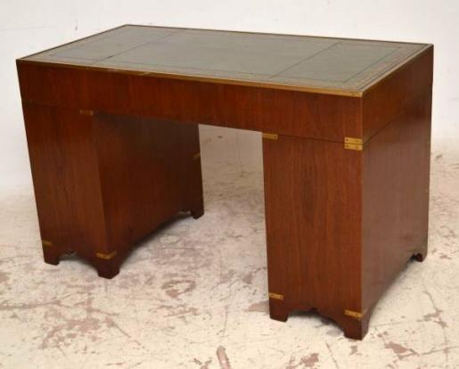 antiker schreibtisch kampagne stil b rotisch mahagoni schreibtisch. Black Bedroom Furniture Sets. Home Design Ideas