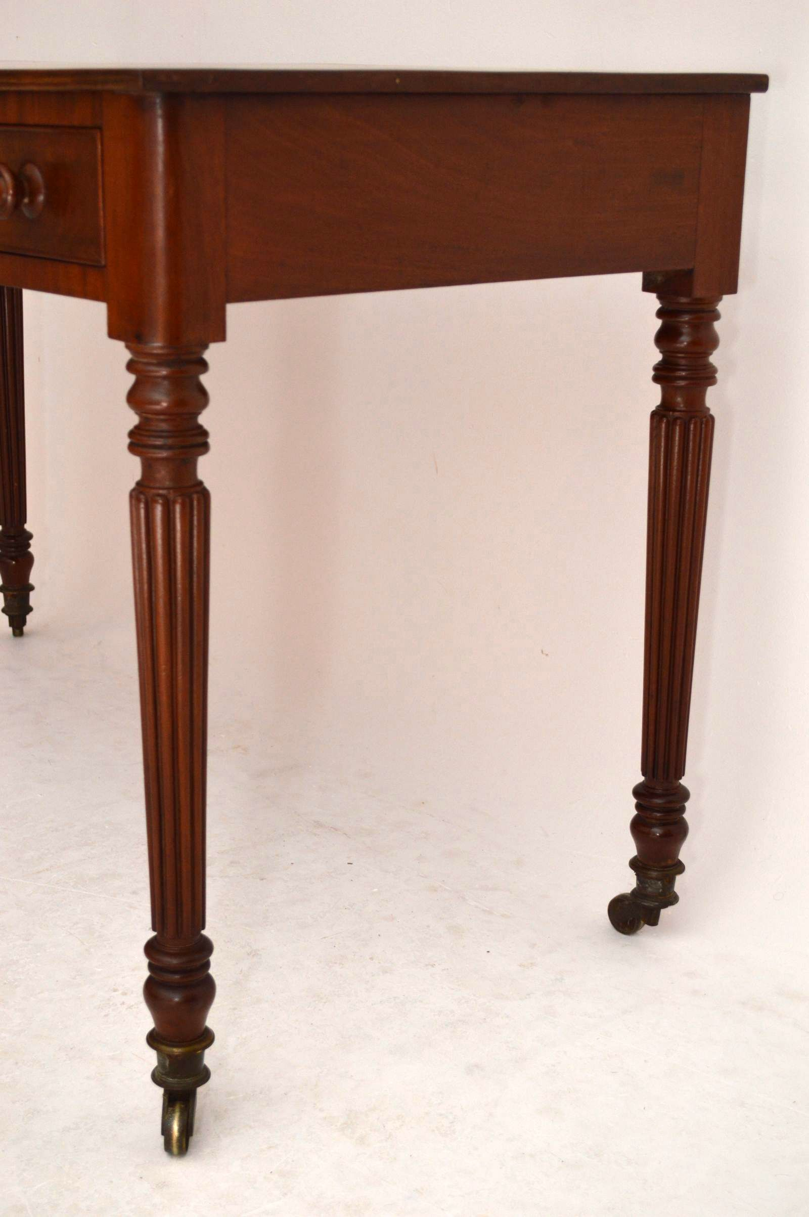 antiker schreibtisch dressing table. Black Bedroom Furniture Sets. Home Design Ideas