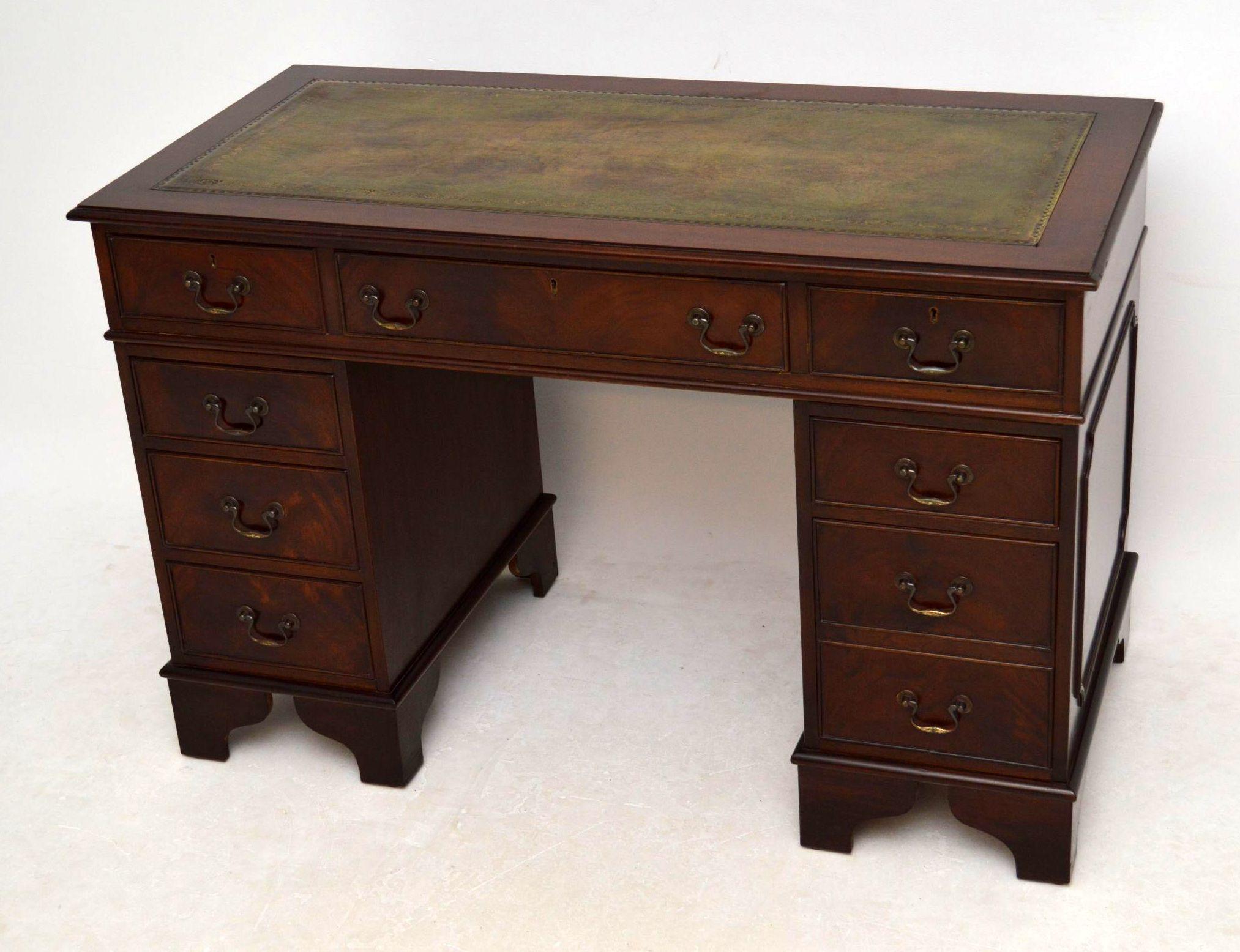 Schreibtisch antik georgianisch mit leder for Schreibtisch antik