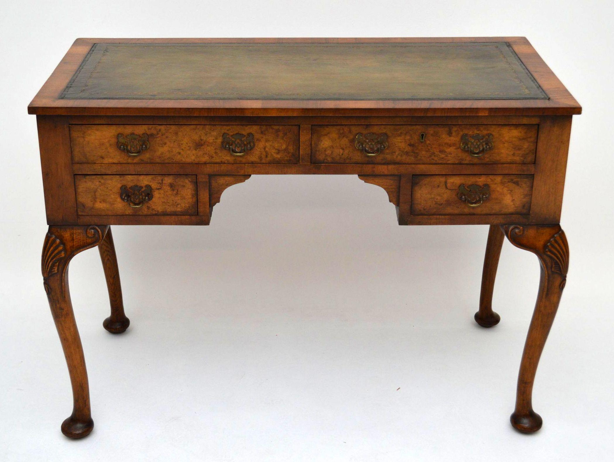 Schreibtisch holz antik  Schreibtisch antik aus Walnuss Holz