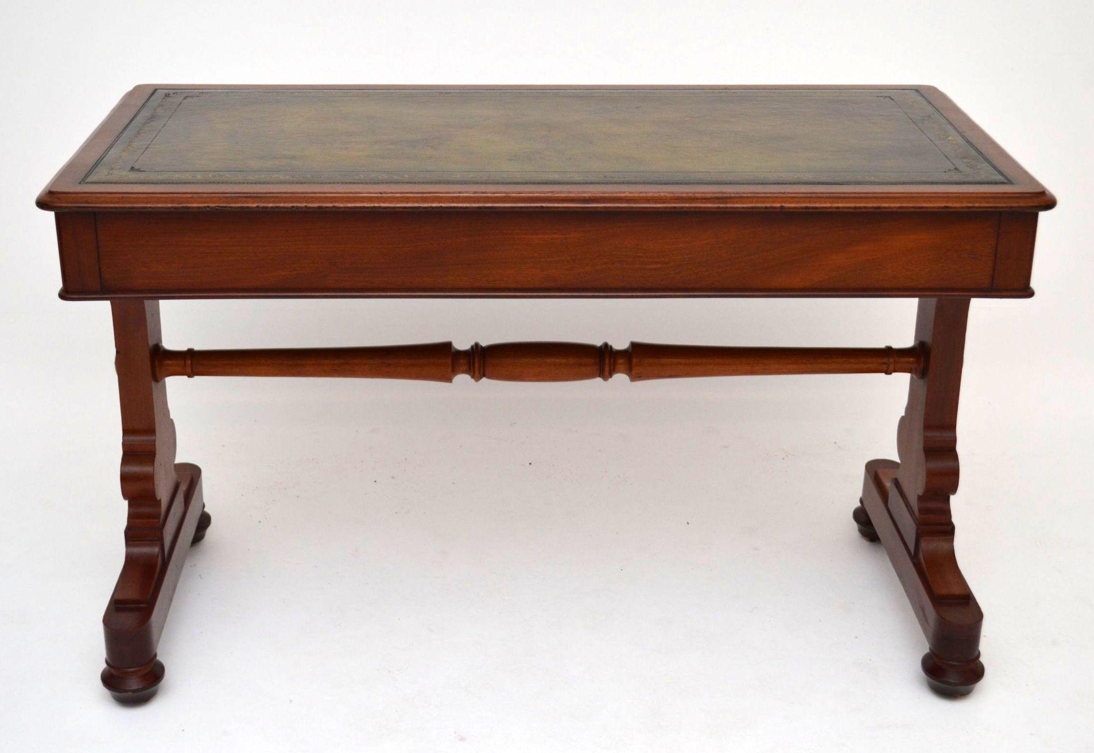 mahagoni schreibtisch antik william iv. Black Bedroom Furniture Sets. Home Design Ideas