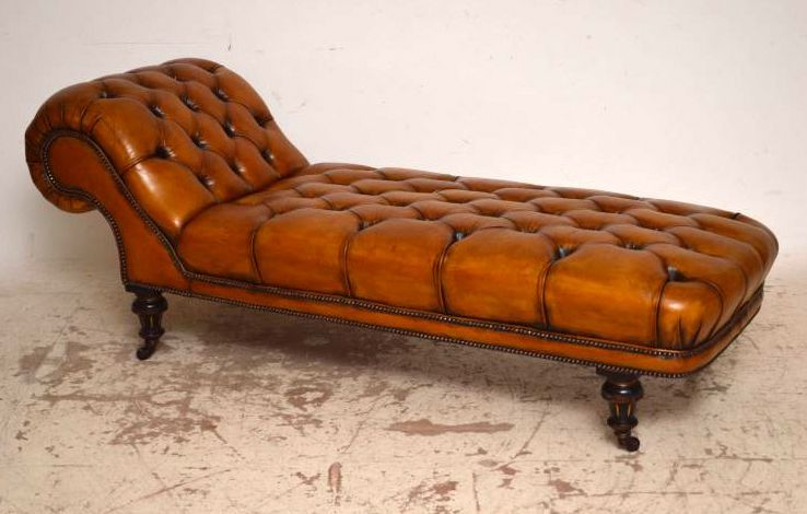 Antike Victorian Deep Buttoned Leather Day Bed Chaise Ledercouch