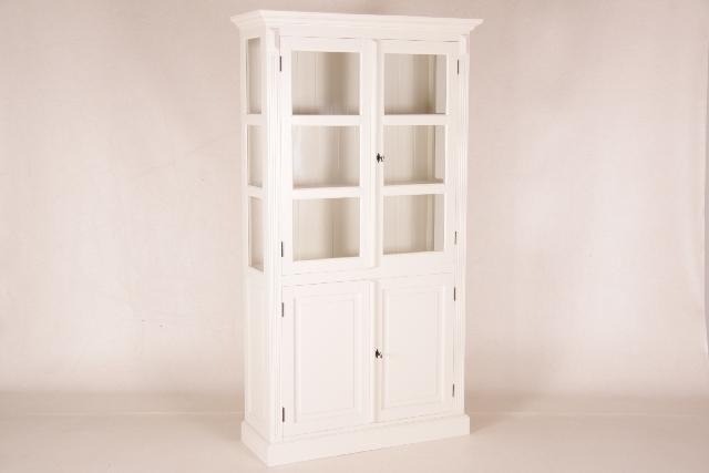 sch ne gro e vitrine wei. Black Bedroom Furniture Sets. Home Design Ideas