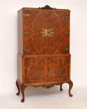 Queen Ann Cabinet Schrank