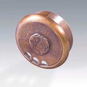 Globe Wernicke - Cable Tidy Brass