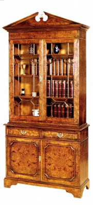 Oxford 2-door Bookcase Bücherschrank mit Krone