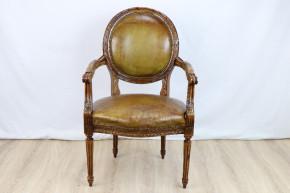Arm Chair Leder   Französich  restaureirt
