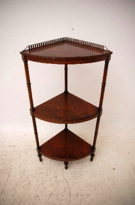 Antique Georgian Style Mahogany Corner Stand